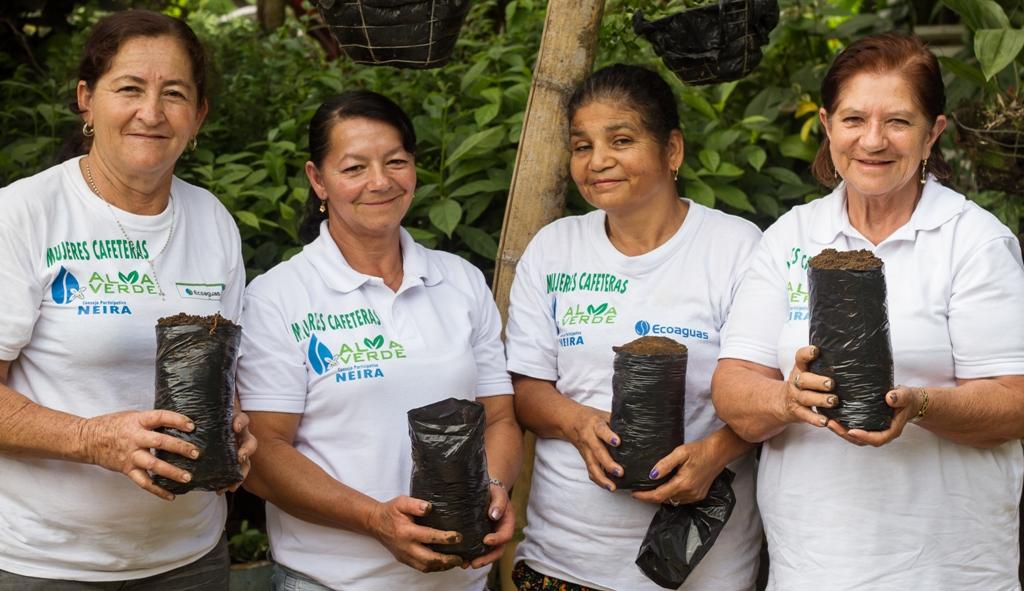 Mujeres integrantes de Alma Verde. Foto: Cortesía Comité de Cafeteros de Caldas.