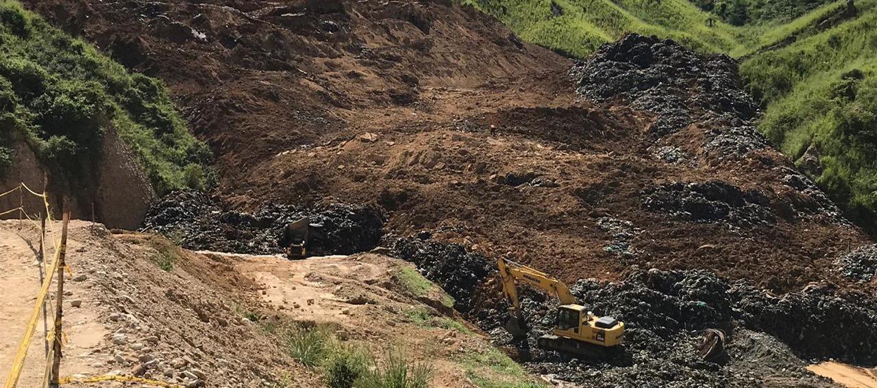 Pie de foto: El cierre definitivo de El Carrasco cuesta 110 mil millones de pesos y durará unos 20 años. Foto: Jairo Bacca, Alcaldía de Bucaramanga.