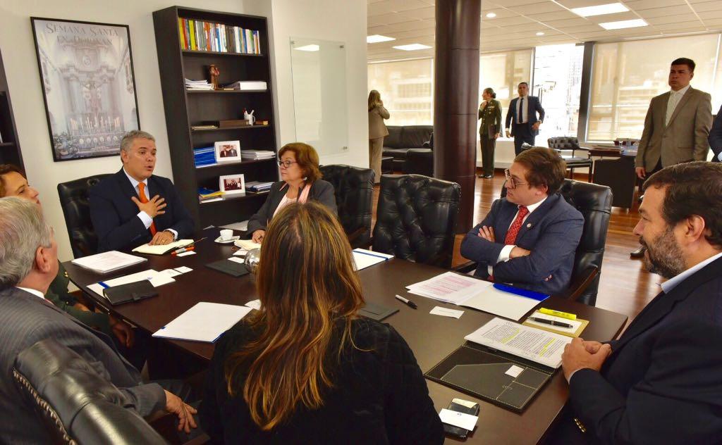 Foto: Colprensa, Lunes 6 de agosto de 2018. Reunión del presidente electo Iván Duque con el defensor Carlos Negret el pasado 27 de julio.