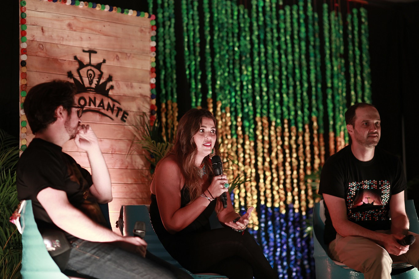 Foto: fundadores del Festival Detonante. De izquierda a derecha: José Aguirre, María López y Felipe Jaramillo / Adrián Prada.