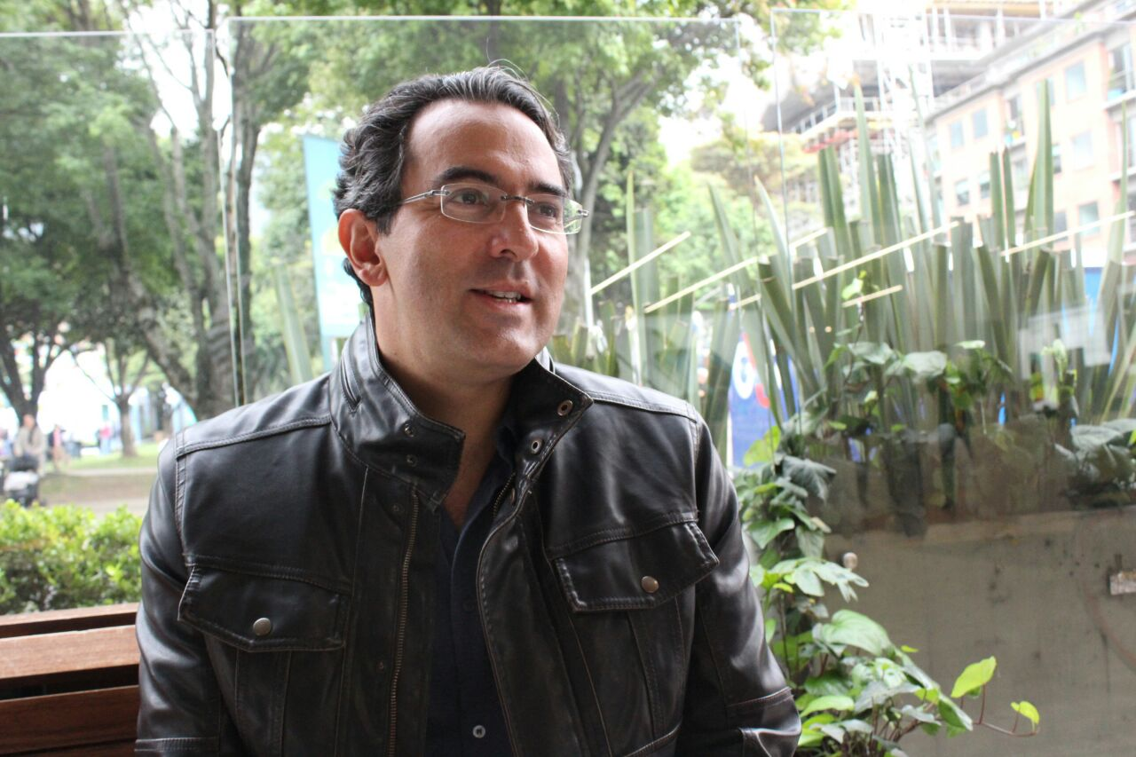 Juan Gabriel Vásquez. Foto: Esteban Herrera