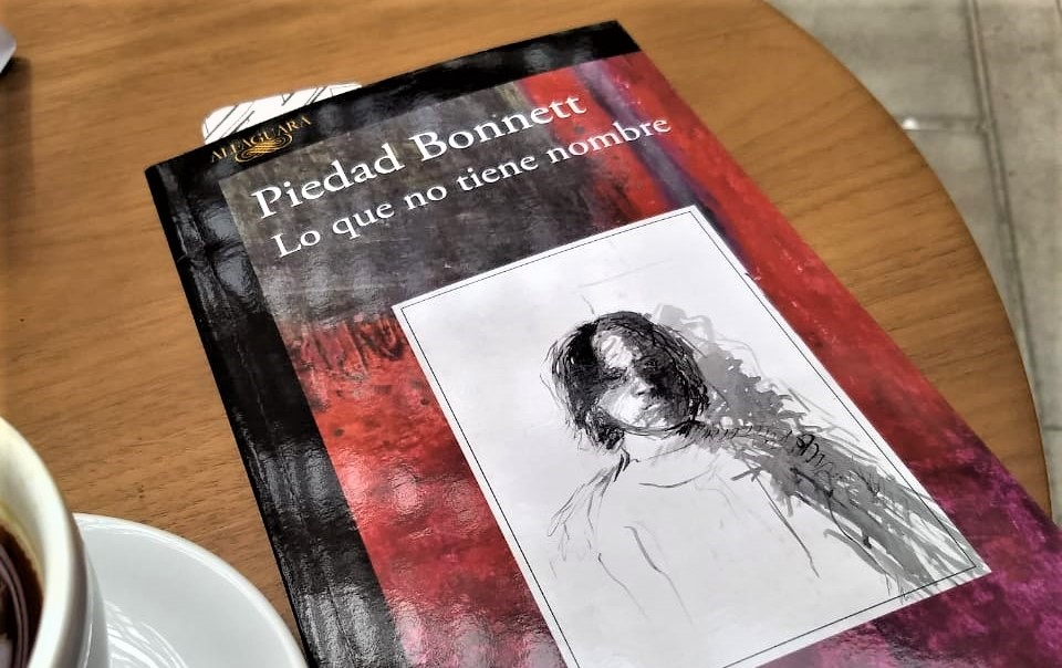 Lo que no tiene nombre de Piedad Bonnett | Radio Nacional ...
