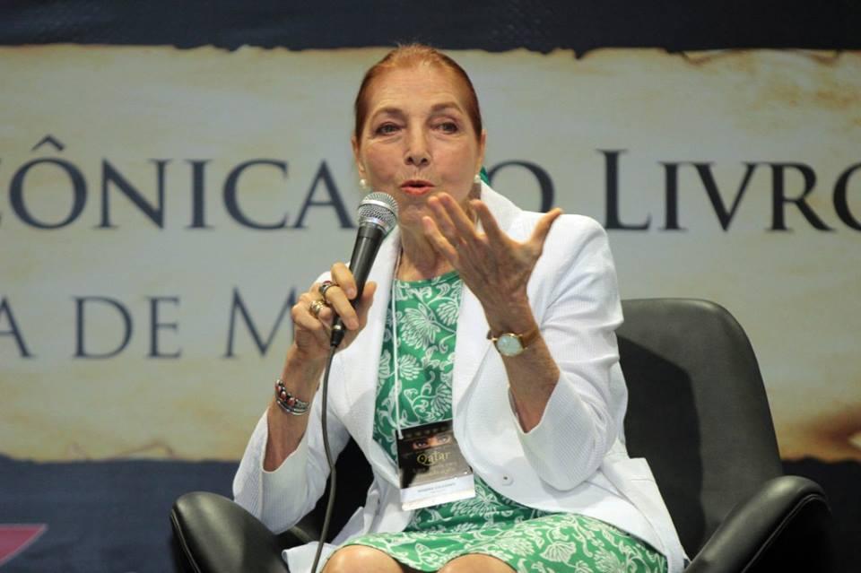 Marina Colasanti, escritora italobrasileña de literatura infantil y juvenil. Foto: Fanpage Facebook Marina Colasanti.