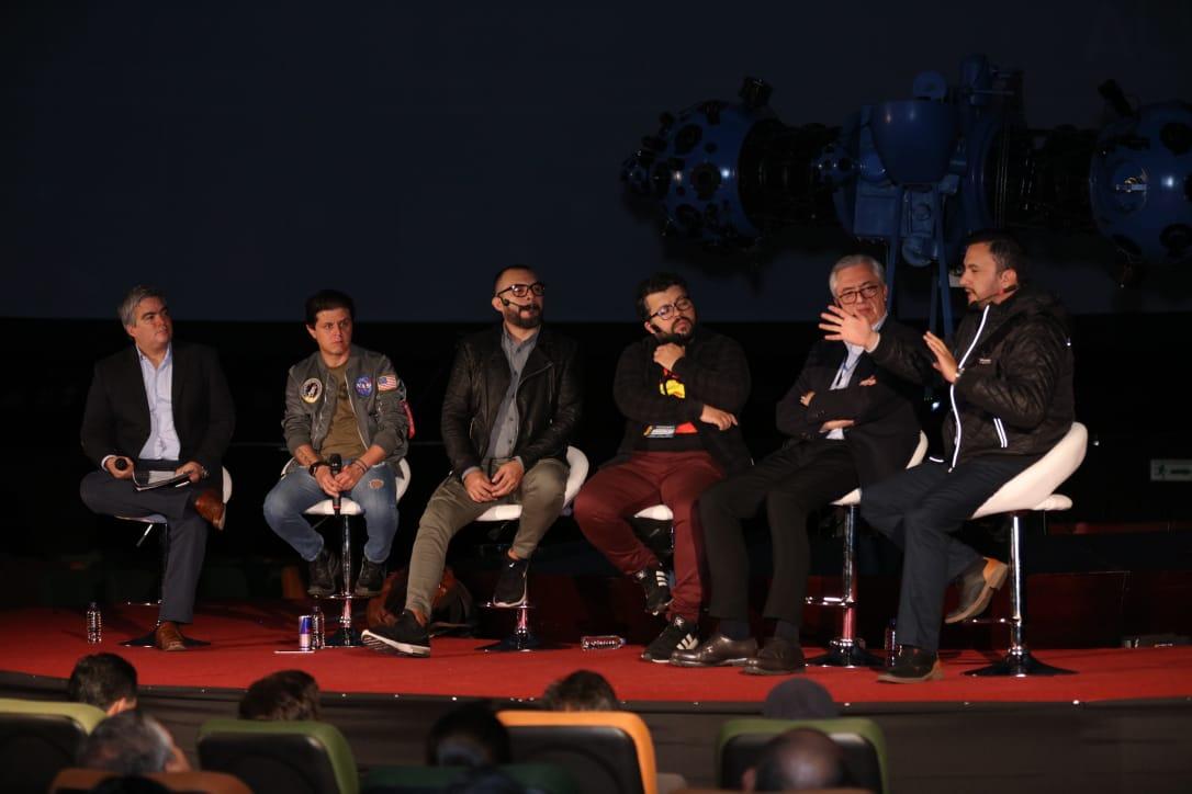 Participantes de la charla 'La sostenibilidad de la Radio como Industria Cultural e Informativa', realizado en el marco de la 12 Bienal Internacional de Radio. Foto: Sandro Sánchez - RTVC Sistema de Medios Públicos.