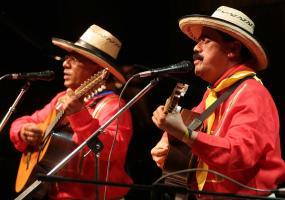 Presentación de dueto andino en el Festival de Música Colombiana. Foto: Colprensa.