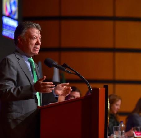 Presidente Santos en la instalación de vitrina de Anato. Foto: Colprensa - Presidencia de la República