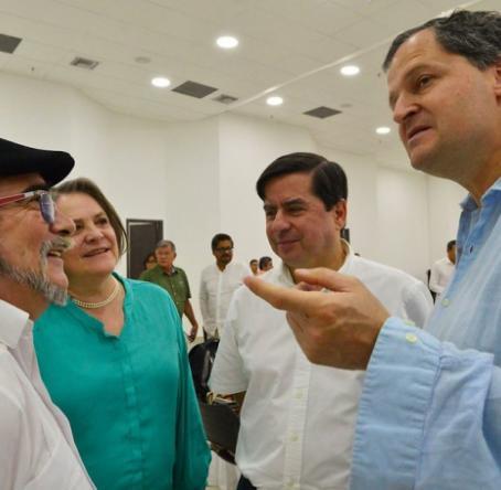 En Cartagena avanzó la reunión ampliada entre las Farc y el Gobierno Nacional para acelerar el proceso de implementación. Foto: Presidendia de la República - Colprensa