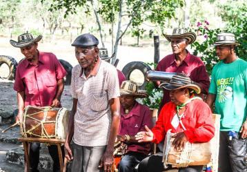 A sus 97 años, Luis Magín Díaz continúa viviendo en Gamero (Bolívar). Foto: Cortesía producción del documental 'En busca del juglar, Cosechas Doradas'.