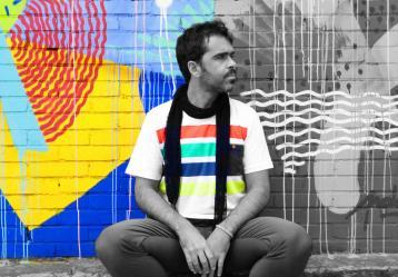 El cantante bogotano Alejo Aponte. Foto. Fanpage Facebook Alejo Aponte.