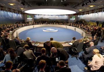 Los líderes de los Veintiocho países de la OTAN durante la cumbre bianual en Newport (Gales, Reino Unido) en la que abordaron la amenaza yihadista del Estado Islámico (EI) en Irak. / Foto: EFE/ALAIN JOCARD/POOL