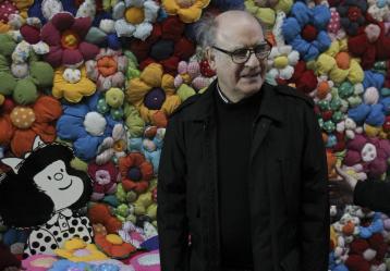 """""""El mundo según Mafalda"""" refleja a través de viñetas la visión de esa niña curiosa y rebelde sobre los problemas que acechan a nuestro planeta, al que a veces considera enfermo, otras sucio, triste y al que incluso trata de embellecer aplicándole las cremas de su madre. / Foto: EFE/David Fernández"""