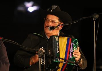 El músico colombiano Aníbal Velásquez. Foto: Sandro Sánchez. RTVC-Sistema de Medios Públicos.