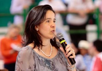 Sylvia Constaín, ministra TIC.