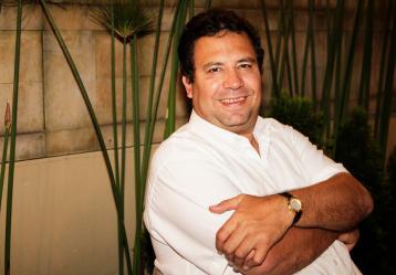 El periodista y escritor Alberto Salcedo. Foto: Colprensa. Junio 2017.