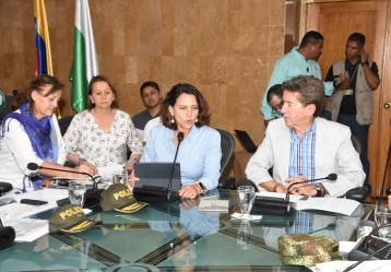 Foto: Twitter Luis Pérez Gutiérrez, gobernador de Antioquia.