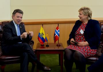 El Presidente Juan Manuel Santos dialogó con la Primera Ministra de Noruega, Erna Solberg