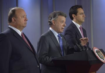 """El Presidente de la República, Juan Manuel Santos, anunció este miércoles la creación de una Comisión de muy alto nivel que investigará a fondo """"lo que está sucediendo"""" en la Policía Nacional. Foto: Juan David Tena - SIG"""
