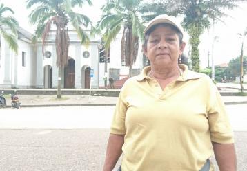 Doña Aurora Herrera se reencontró con su hijo, su nuera y su nieta en medio de la tragedia en Mocoa. Foto: Juanita Restrepo.