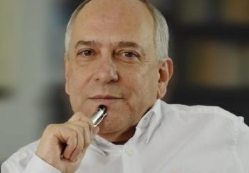 Twitter: José Obdulio Gaviria.