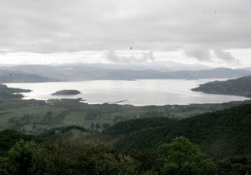 La Laguna de La Cocha mide 4.240 hectáreas y se puede recorrer en lancha desde el pueblo de El Encano.Foto: Colprensa. Agosto de 2018.
