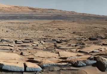 """Foto: NASA / vista de la formación """"Kimberley"""" en Marte tomada por el rover Curiosity de la NASA."""