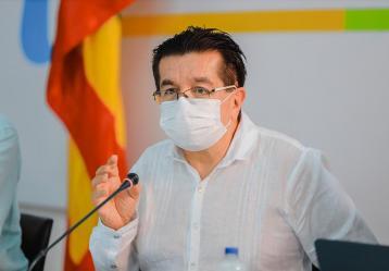 El ministro de Salud, Fernando Ruiz, en el PMU en Cartagena. Foto: Cortesía Ministerio de Salud.