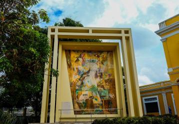 Simbología de Barranquilla por Alejandro Obregón, ubicado en la Aduana de Barranquilla. Foto: Carlos Parra Rios - Secretaría de Cultura, Patrimonio y Turismo de Barranquilla
