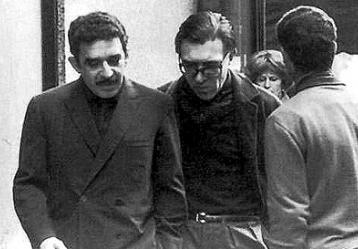 Paco Porrúa junto a Gabriel García Márquez Foto: www.pagina12.com.ar