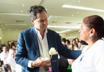 El Alto Comisionado para la Paz durante el acto de entrega de los restos de 29 personas tomadas por desaparecidas. Foto: Unidad de Víctimas