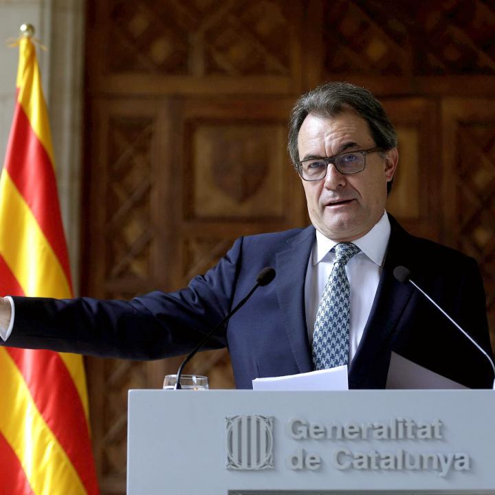 """El presidente de Cataluña, Artur Mas, afirmó hoy que su gobierno mantendrá la consulta soberanista del 9 de noviembre """"con urnas y papeletas"""", pero en base a otro marco jurídico de """"participación"""" ciudadana ya existente. / Foto: EFE/Alberto Estévez"""