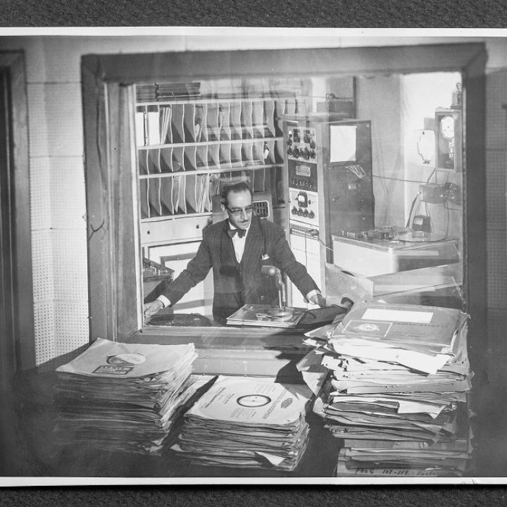 Foto: Cabina Radio Nacional c.1955 - Julio Sánchez Reyes