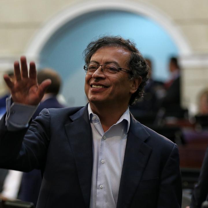 Nación deberá pagar a Gustavo Petro por chuzadas del DAS | Radio Nacional  de Colombia
