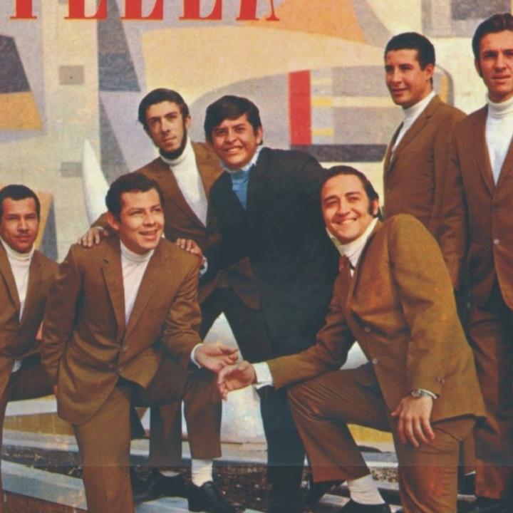Los Hispanos, legendaria agrupación de música tropical colombiana, junto al gran Rodolfo Aicardi.