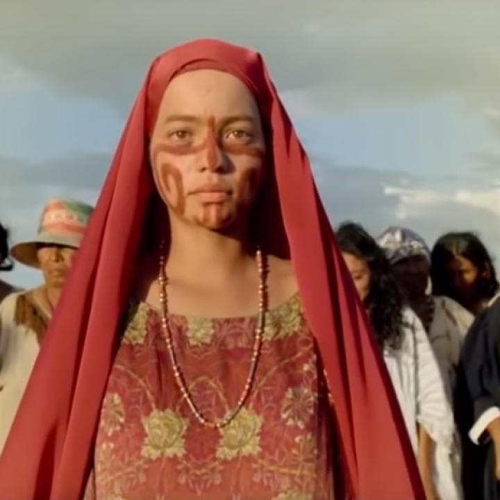 La historia aborda los hechos reales sobre los orígenes de la bonanza marimbera de los años sesenta y cómo una familia indígena wayuu termina involucrada. Foto: Captura del tráiler de ´Pájaros de verano'.