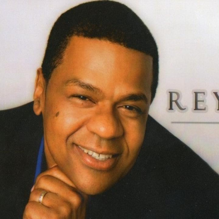 Rey Reyes Nude Photos 59