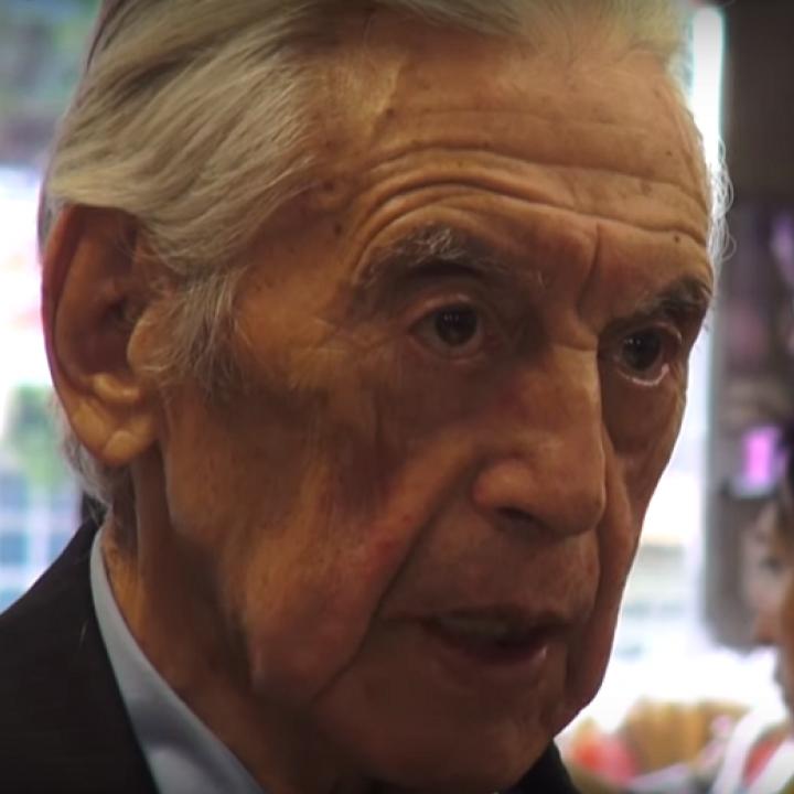 Foto: Pantallazo video 'Visita a Rogelio Echavaría'. Canal YouTube Banco de la República.
