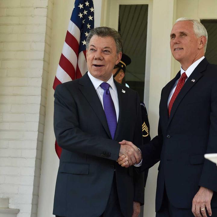 Presidente Santos en su encuentro con el vicepresidente de EE.UU., Mike Pence. Foto: Presidencia de la República.