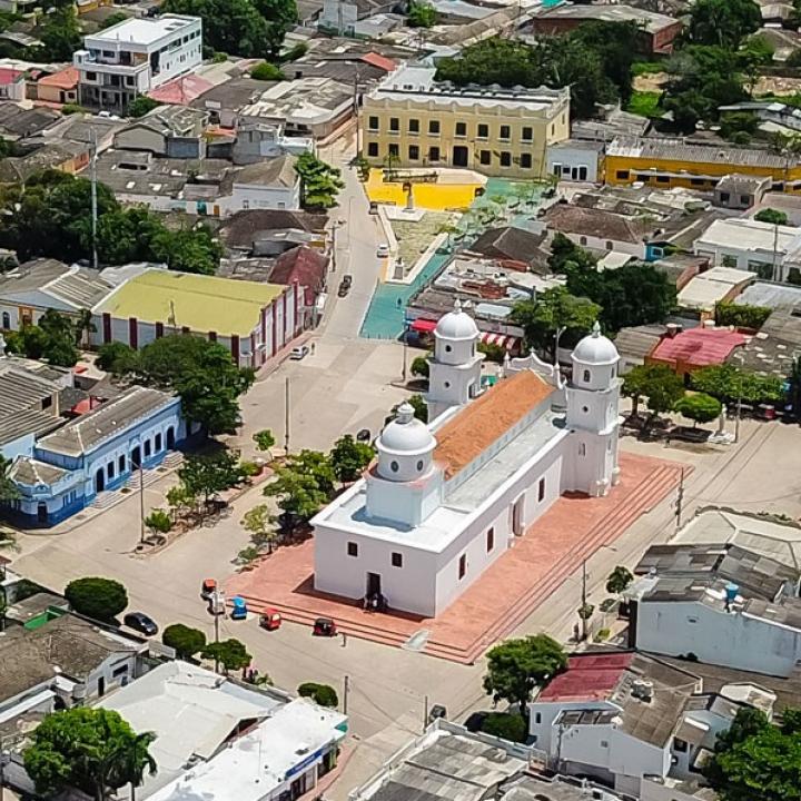 Se mantiene toque de queda en municipios del Atlántico | Radio Nacional de  Colombia
