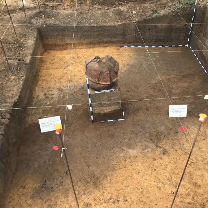 Fotos: Julián Gamboa, jefe de Arqueología del proyecto vial Puerta de Hierro  - El Vizo