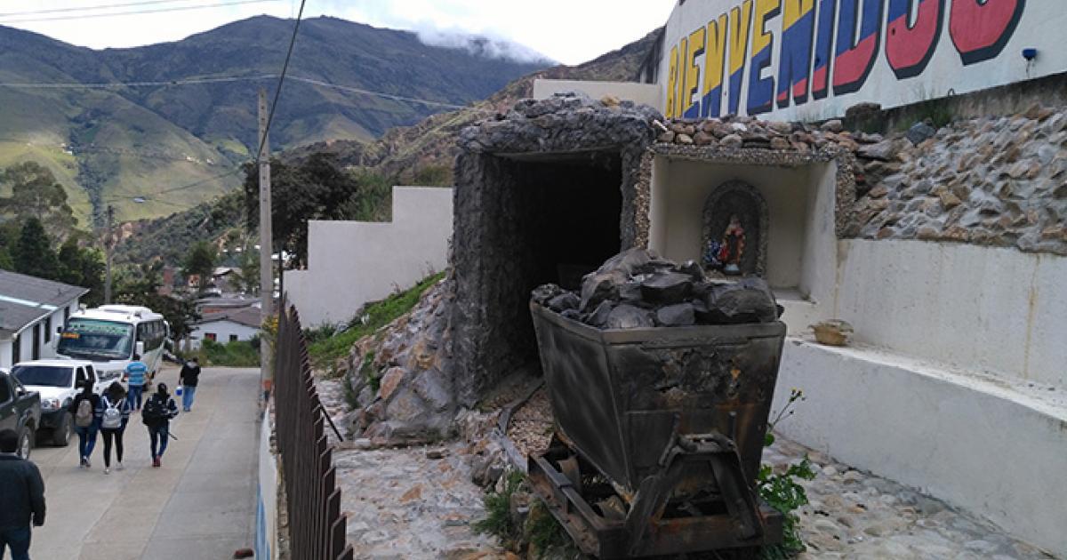 Vetas, un pueblo de tradición minera en Santander | Radio Nacional de  Colombia